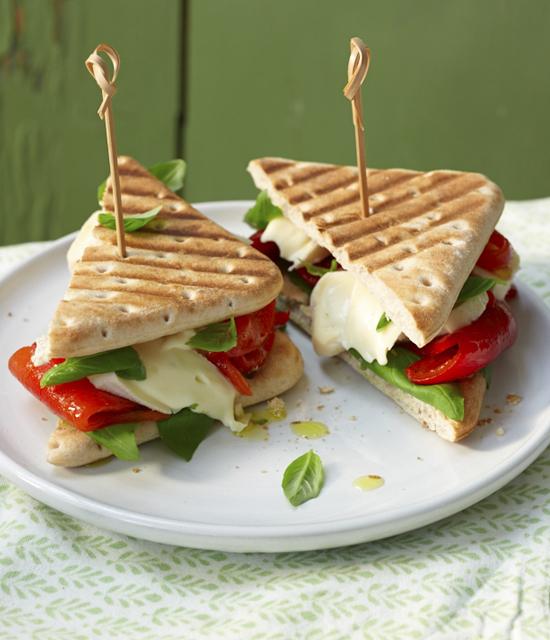 sandwich king tramezzini mit paprika harry brot. Black Bedroom Furniture Sets. Home Design Ideas